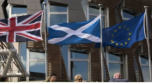 Scotland makes formal request to UK for independence vote