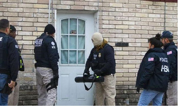 US conduct first raids on undocumented migrants