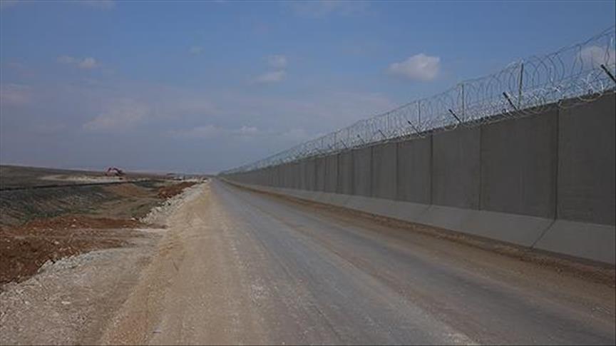 Half of Turkey-Syria border wall completed