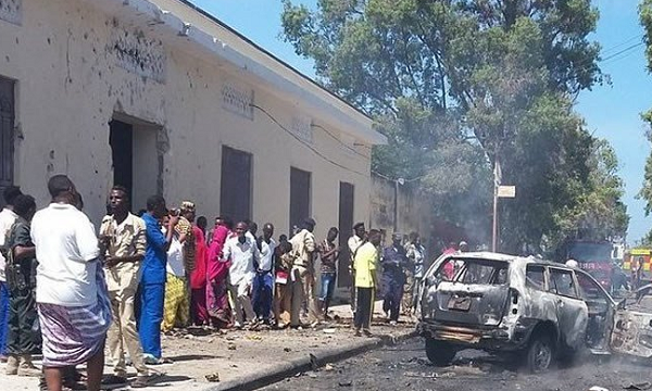 Second car bomb claims 2 lives in Somali capital