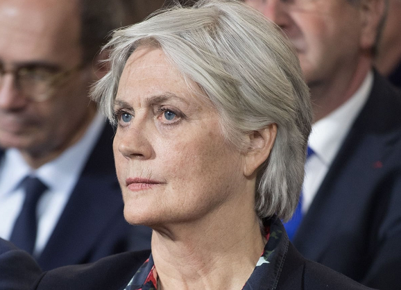 Fillon's wife charged in fake job scandal