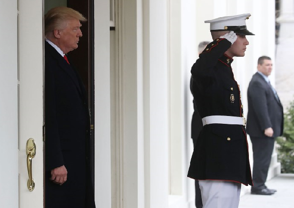 Trump orders flags lowered for McCain