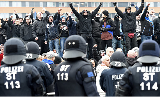 Far-right crimes reach record high in Germany