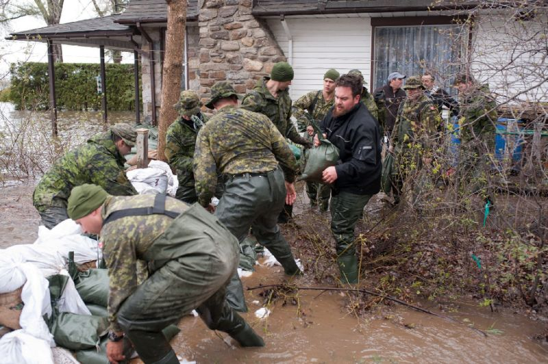 More troops deployed as Canada braces for worse flooding