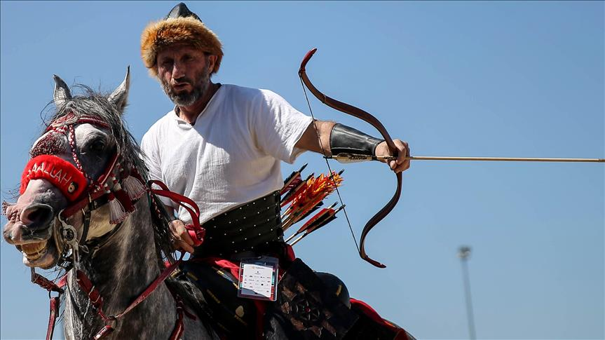 Istanbul festival spotlights Turkic sports and culture