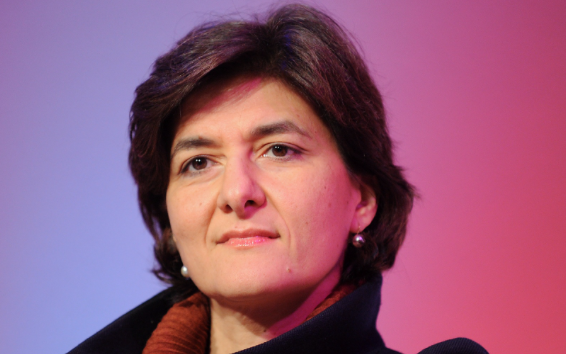 French defence minister quits over fake jobs claims