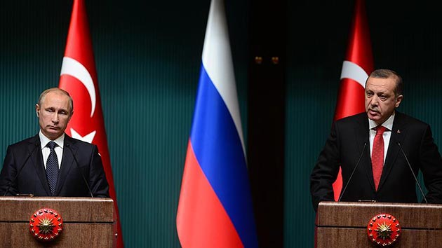 Turkey, Russia back Iraq, Syria's territorial integrity