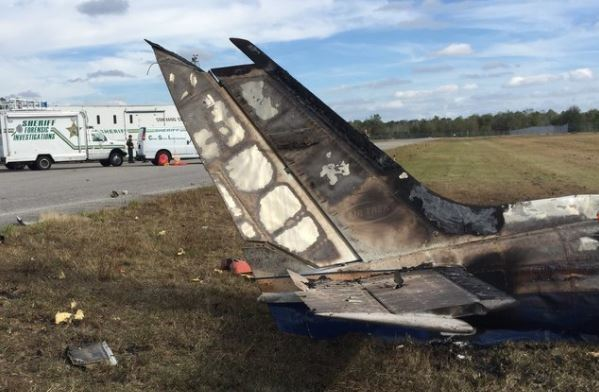 Training flight crashes in Florida, US