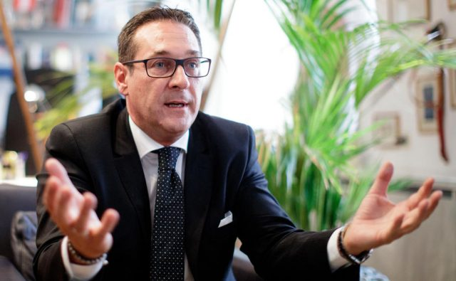Austria's Strache signs deal with Putin's party