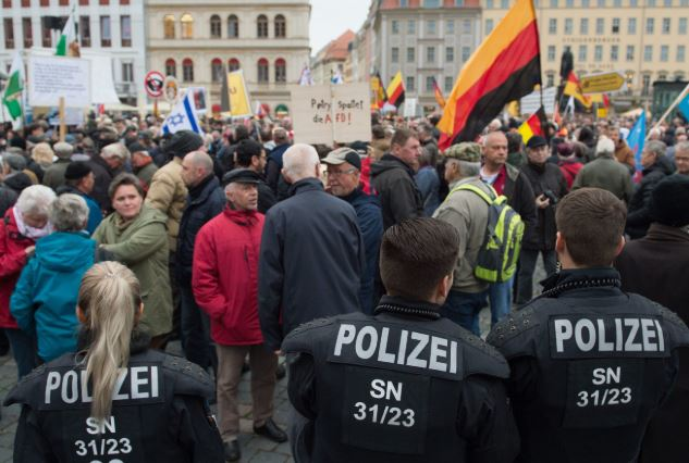 Far-right party holds anti-Islam rally in Berlin