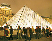 Should European museums open up branches in other countries?