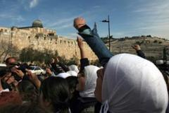 Tension builds at al-Aqsa mosque