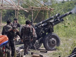 4 troops, 1 communist rebel dead in Philippine clashes
