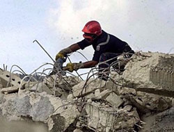 Warehouse wall collapse kills eleven in south India