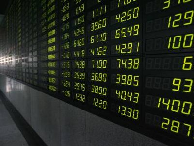 Europe shares sag early after disappointing French, German PMIs