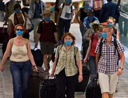 U.S. tightens Ebola monitoring for West African visitors