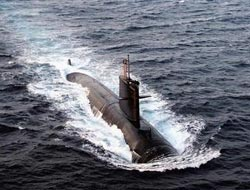 Australia leans toward buying Japan subs to upgrade fleet