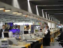 Lufthansa agrees with cabin crew on no-frills service