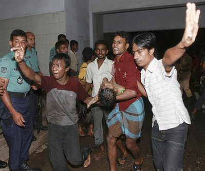 Firms urged to pay into fund for Bangladesh factory victims