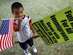 Latinos vow more pressure after Obama's immigration delay