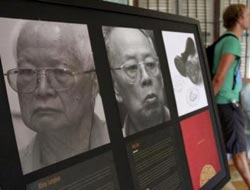 Cambodian judges issue warning in Khmer Rouge case