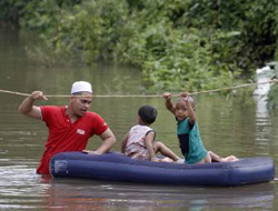 226,000 evacuated in Thailand and Malaysia flooding