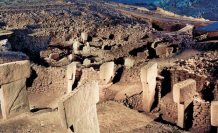 New temples, stones found in Turkey's Gobeklitepe site