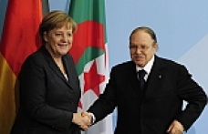 Germany's Merkel arrives in Algeria