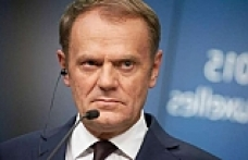 Tusk suggests EU Brexit summit to avert 'catastrophe'