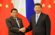 China's premier makes first visit to Philippines