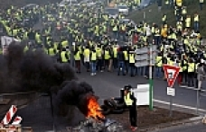 One dead in French protests over fuel prices