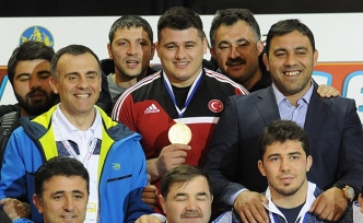 Kayaalp gains 4th European wrestling championship title