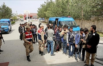 180 irregular migrants held in Turkey