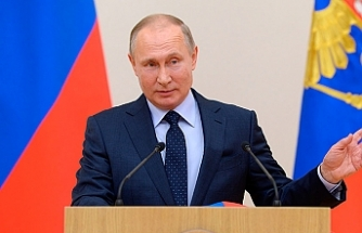 Putin backs idea of forming unified European army