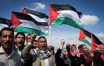 Palestinians in Ramallah protest Israeli agression