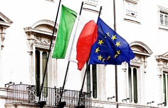 Italy challenges EU with a budget full of debts