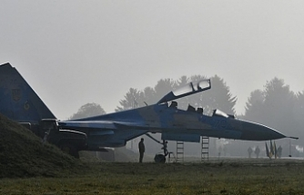 Military plane crash kills 2 pilots in Ukraine