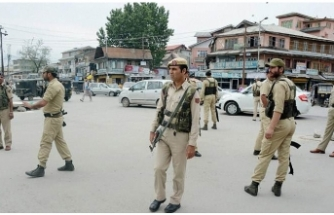 Kashmir: Indian soldier, 4 militants killed in Kashmir
