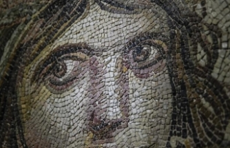 Mysterious case of the 'Gypsy girl' mosaic