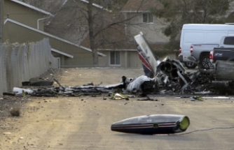 4 killed in helicopter-ambulance crash