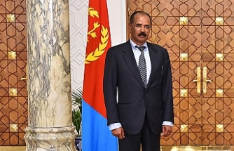 Eritrean president pays first visit to Somalia