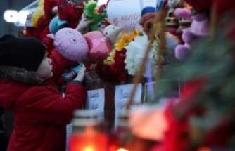 Six children among 10 dead in Russia house fires