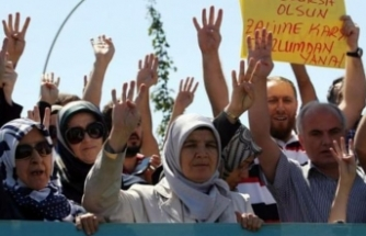 Turkey's top court rules against headscarf ban