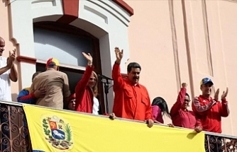 Venezuela's Maduro cuts ties with US amid protests