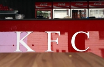 Mongolia: KFC restaurants shut after food poisoning