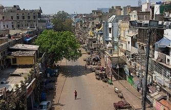 India: Unprecedented lockdown spoils festivals