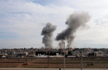 Blast hurts US troops, kills passersby in Syrian Manbij