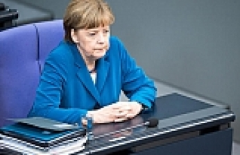 Merkel ally vows 'grand coalition' is stable