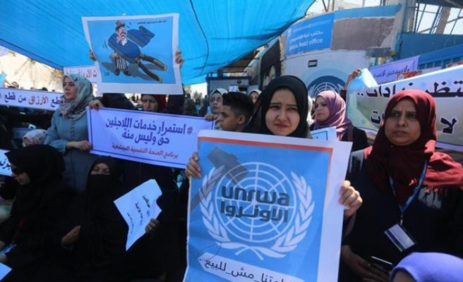 UNRWA workers in Gaza Strip dissent cutting back plans