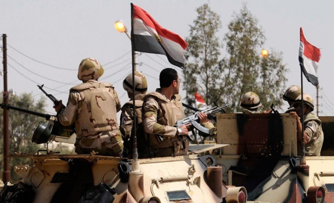 3 Egyptian troops killed amid Sinai offensive